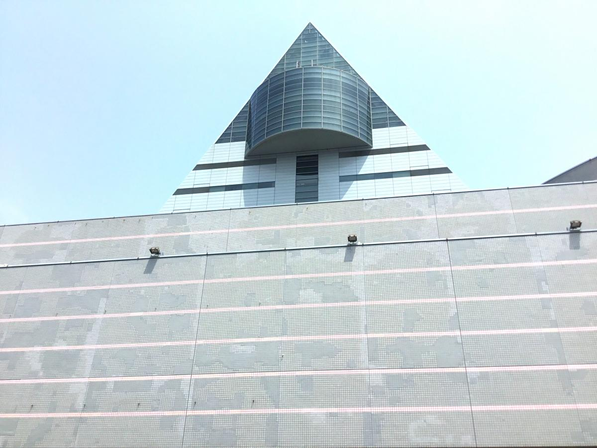 青森観光物産館アスパム