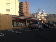 セブンイレブン名古屋植田3丁目店