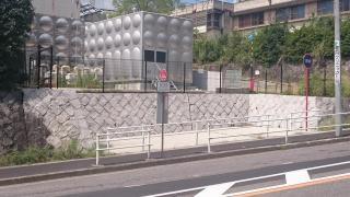 「猫ケ洞池」バス停留所