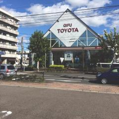 岐阜トヨタ自動車長良店