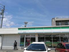 ファミリーマート桑名増田店