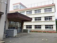 崇善小学校