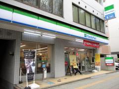 ファミリーマート仙台錦町店