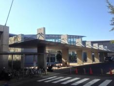 記念総合体育館プール