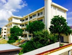 西山台小学校