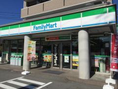 ファミリーマート中津川桃山店