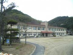 神島外中学校