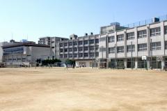 平野小学校