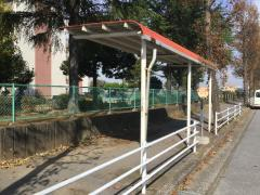 「菊間第二」バス停留所