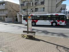 「ヨーカ堂前」バス停留所