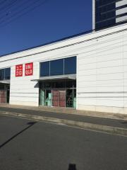 ユニクロ 厚木インター店