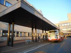 「群大病院」バス停留所