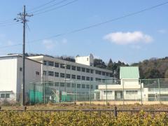 香寺中学校