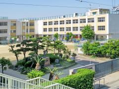 北巽小学校