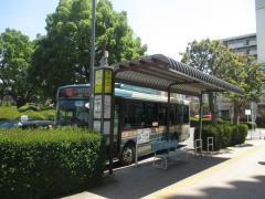 「小手指駅南口」バス停留所