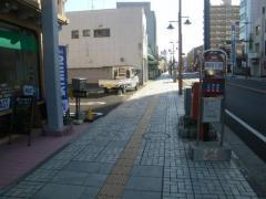 「通4」バス停留所