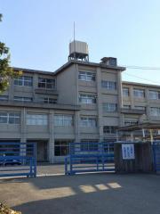 石尾台小学校