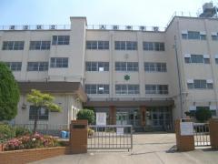 入谷中学校