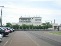 粟生津小学校