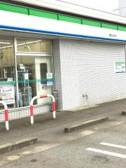 ファミリーマート 高岡三女子店