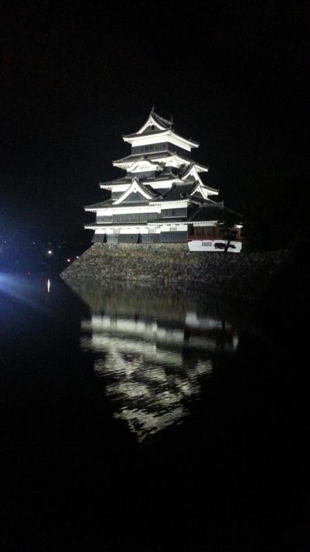 夜の松本城!
