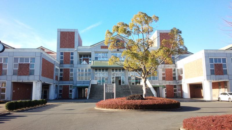 田彦中学校