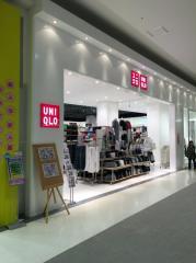 ユニクロ イオンモール名取エアリ店