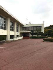 温泉津総合体育館