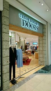 URBAN RESEARCH DOORS モザイクモール港北店