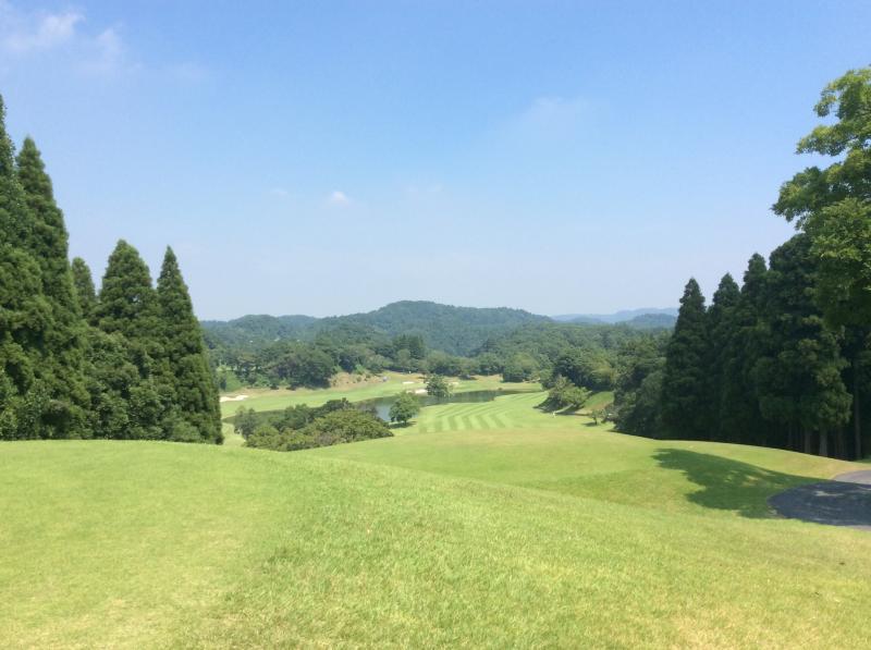米原ゴルフクラブに行ってきました。