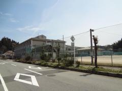 菟田野中学校