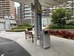 「大阪赤十字病院」バス停留所