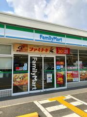 ファミリーマート 城陽奈島店