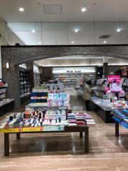 未来屋書店 マリンピア店