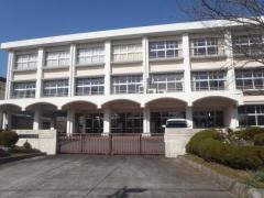 柘植中学校