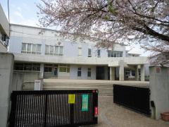 私立明星学園小学校