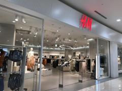 H&M イオンモール東員店