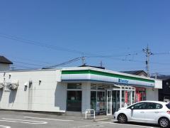 ファミリーマート 富山綾田町店