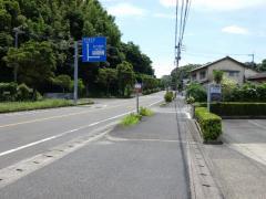 「陣内」バス停留所