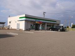 ファミリーマート 加賀分校店