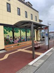 「香椎花園」バス停留所