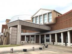 鶴来図書館