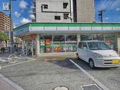ファミリーマート 京屋宿院店