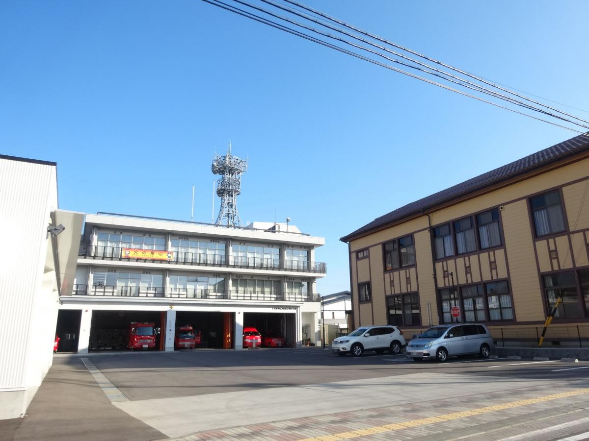 上田中央消防署 外観写真