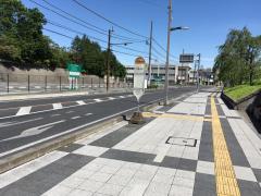 「県庁西門前」バス停留所
