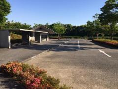 「佐川美術館」バス停留所