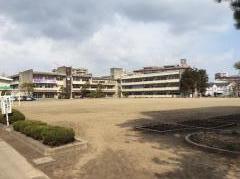 仁王小学校