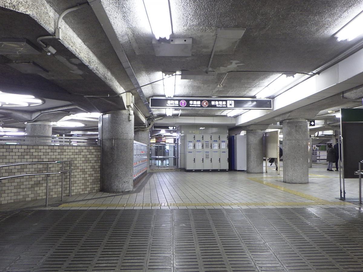 天神橋筋六丁目駅です。