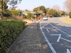「平和公園ハ墓地前」バス停留所