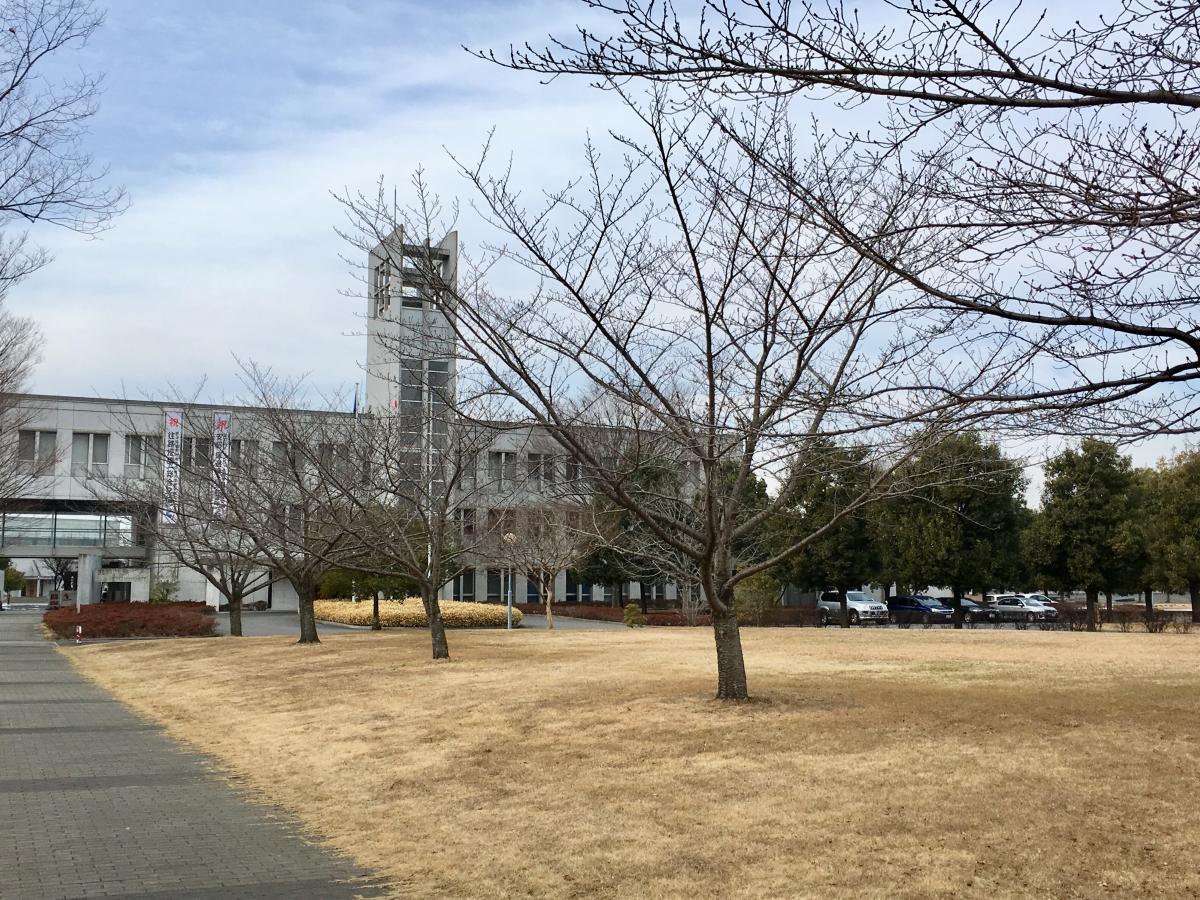 キャンパス 板倉